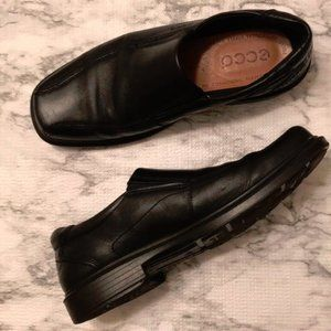 Men's Ecco Black Leather Loafers size 43